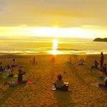 fitdiva-sunset-beach-yoga
